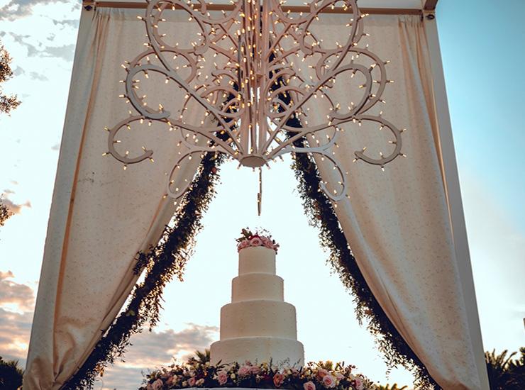 Wedding Cake : Wedding Cake